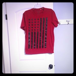 Guess men's 2x red flag t shirt